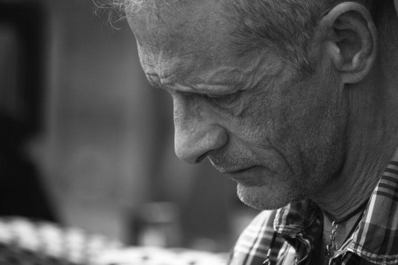 Cómo denunciar violencia contra adultos mayores